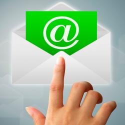 Encapsulando envío de emails con PHPMailer